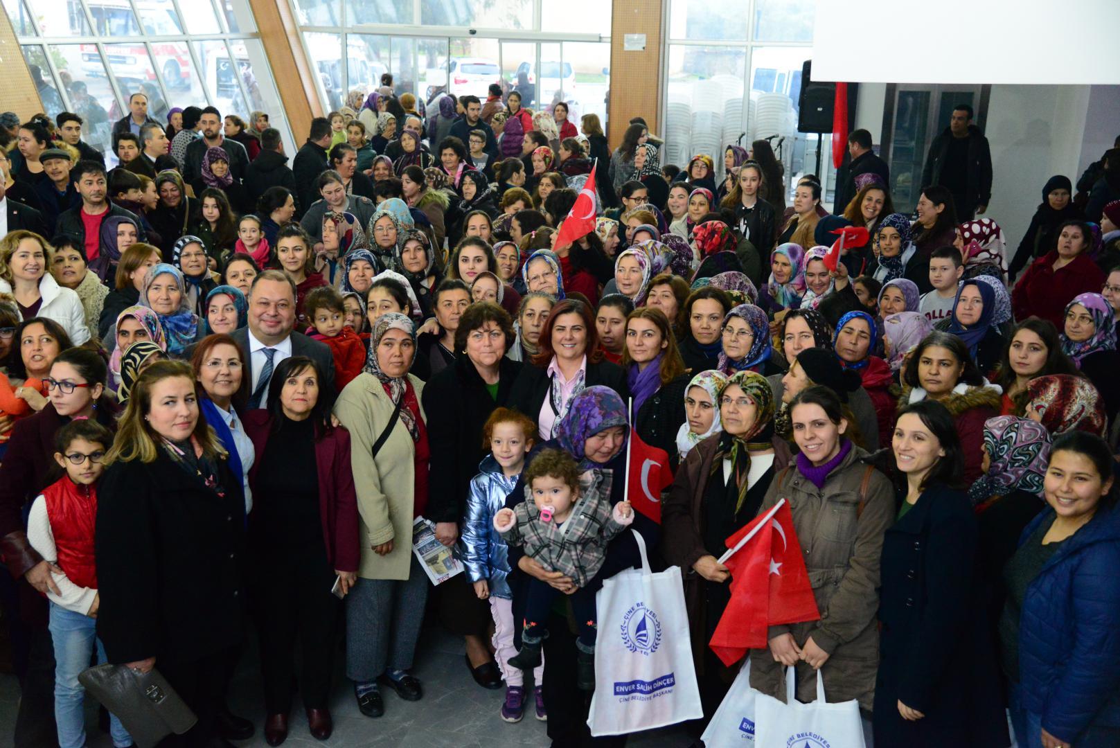 Çine Haberleri: Başkan Çerçioğlu, Çineli kadınlarla buluştu 58